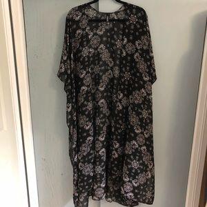 Torrid: Black Floral Duster Kimono